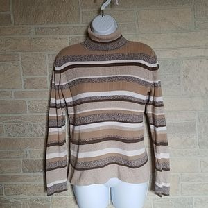 J.H. Collectibles Turtleneck Sweater M